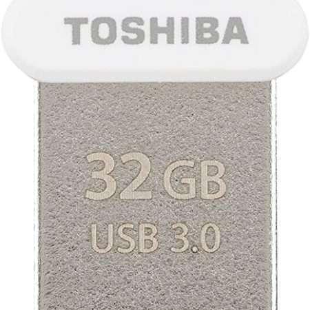 Toshiba THN-U364W0320E4 32GB U364 TransMemory USB 3.0 Flash Drive